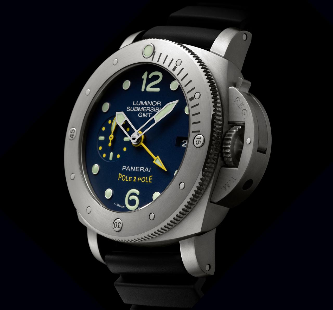 Panerai Luminor Submersible 1950 GMT PAM719 Mike Horn 4