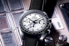 Speedmaster Professional Moonwatch Silver Snoopy Replica